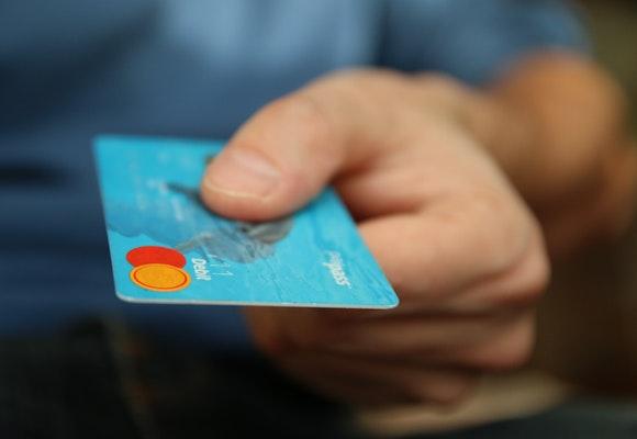 Lan fra banken du allerede er kunde hos - Hvordan låne penger?